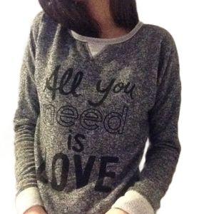3/$50 - Grey graphic pullover sweatshirt jumper